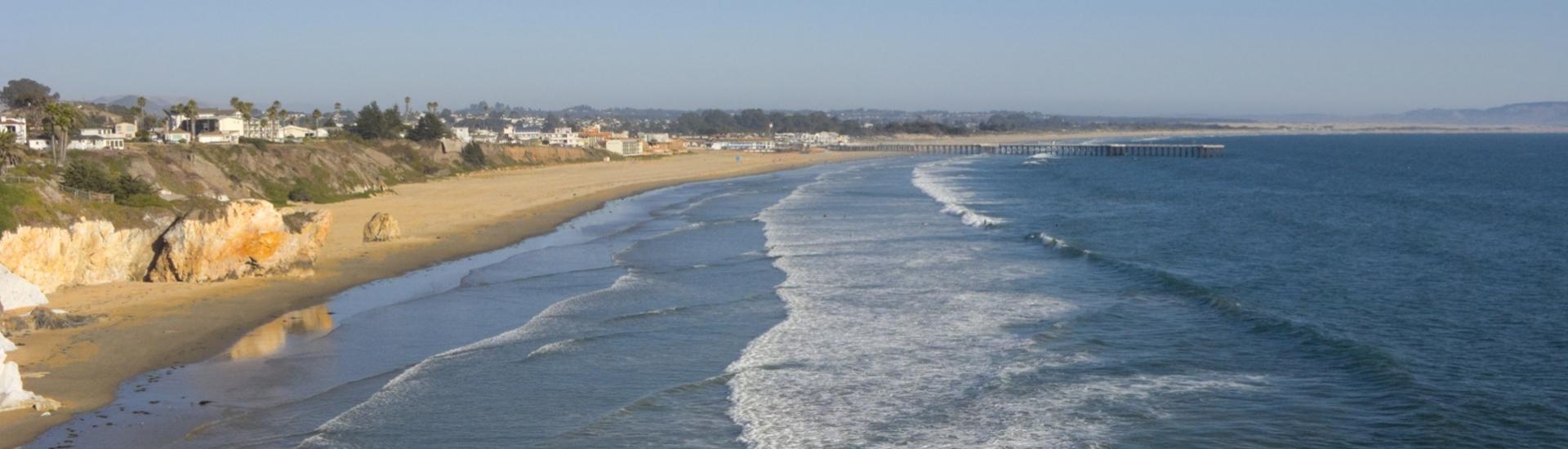 City-of-Pismo-Beach,-CA-176898927_2000x1500